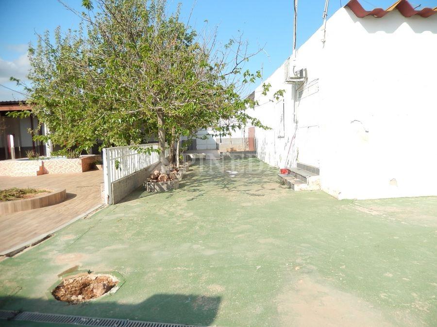 Imagen de Suelo Rustico en El Puig número 1